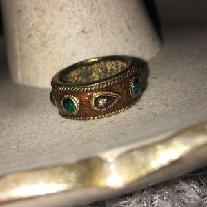 Jewelry - Old gold ring